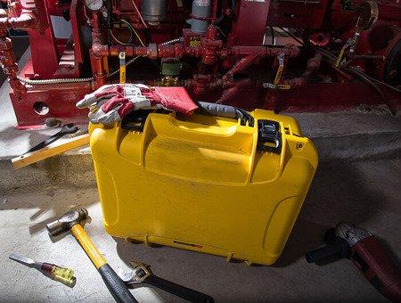 Skrzynia transportowa Nanuk 933 żółta - wkład modułowy FOTO